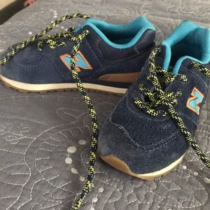 Like new toddler sneakers